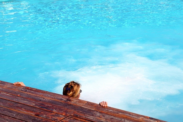 Hotel-Mayola-piscina-02